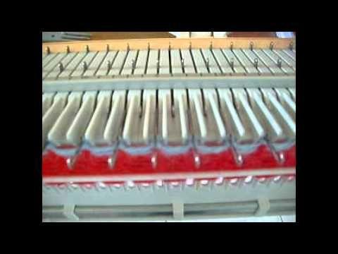 BIG PHIL comment faire un ourlet en côtes 1 x 1 avec une machine à tricoter simple fonture