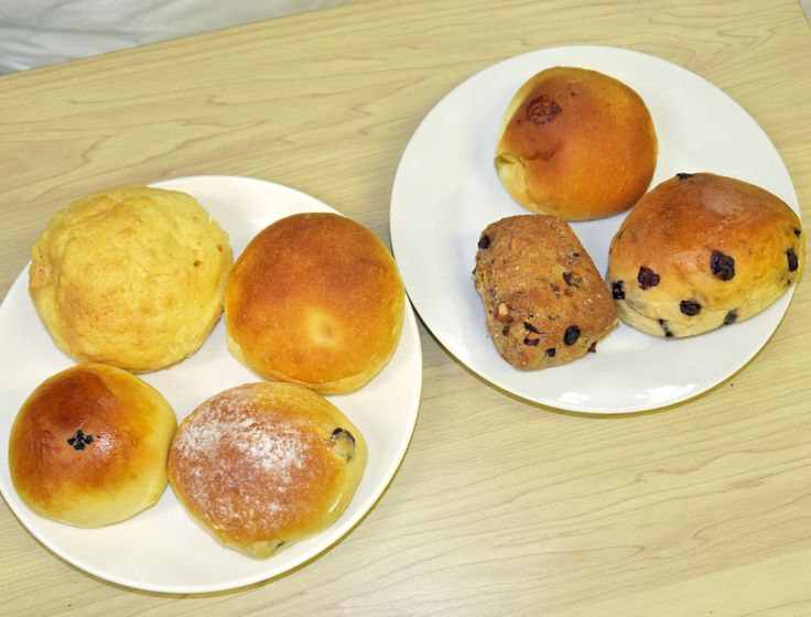 【クイズ】値段はいくら? この7個のパンの総額をずばり当てましょう~!! 東京・新中野「ミルクロール」 | ロケットニュース24