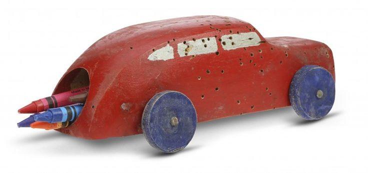 Bil med fargestifter Åsmund S.  Lærdal
