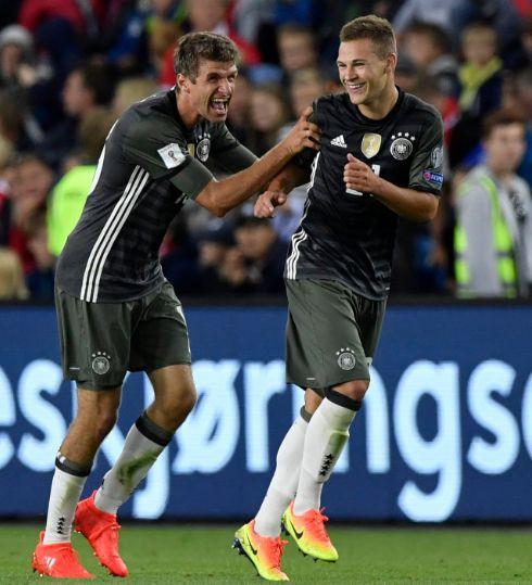 günstig fussball trikots kaufen: 3: 0! ! Sieg! !|Neues Deutschland Trikot 2016