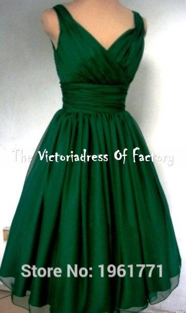 Sexy Vintage 1950s Emerald Green Cocktail Dresses vestidos de fiesta A Line V Neck Simple Short Prom Party Gowns