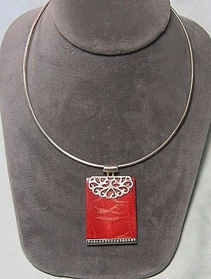 925-Sterling-Silver-Sponge-Coral-Pendant-on-925-Chain-16-3-4-end-to-end