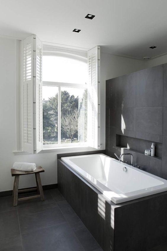 Die 25+ besten Country inspired grey bathrooms Ideen auf Pinterest - badezimmer modern schiefer