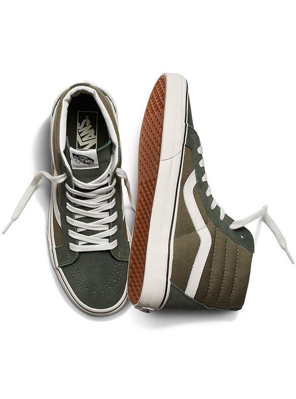 Slip-ons, chaussures montantes, modèles d'inspiration vintage Cette saison, prenez exemple sur ces stylistas et rockez vos…