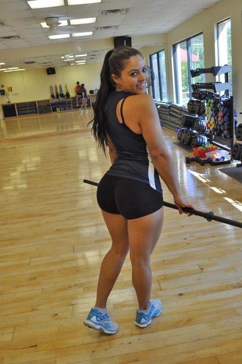 Chubby sexy girls in gym
