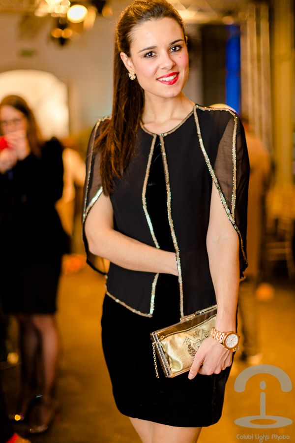 Madrid Fashion Show Jorge Vazquez - Chaqueta TFNC London jacket - bolso de fiesta Roberto Verino clucth - black & gold