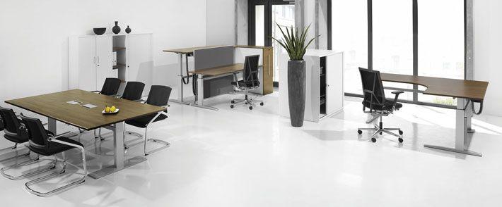 Больше новизны и динамики в  Вашем офисе. Элегантный и в тоже время стабильный стол для работы стоя -сидя программы VitalForm предлагает широкие возможности для структурирования офисных помещений и рабочих процессов. Будь то в офисе, конференцзале или в холле: столы для работы стоя -сидя идеально поддерживают гибкие рабочие процессы, основанные на коммуникации.