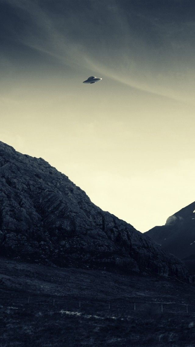 UFO Flying Wallpaper HD 4K For Mobile Android IPhone