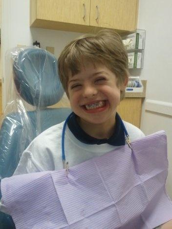 Simpaticissimo bimbo dopo una seduta dal #dentista