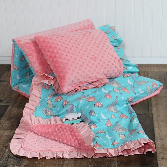 ❤ ️Bears and Tents Nap Mat with Pilllow and Banket Kinder Mat Cover set ❤ Your toddler will sleep like a baby getting a restful nap at preschool, Mother's Day Out, a sleepover on this adorably cute camp wee one nap mat set. ❤ About This Product ❤ Each set Includes nap mat cover, blanket