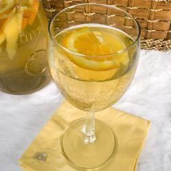 Rezeptbild: Sangria mit Weißwein