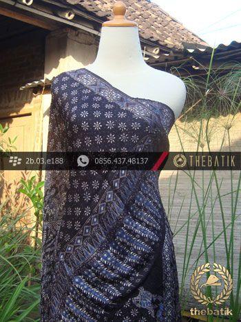Sarung Selendang Sutera Pekalongan-6 | Indonesian Batik on Silk Painting, Batik Fabric, Batik Painting http://thebatik.co.id/kain-batik-bahan/batik-sutera/