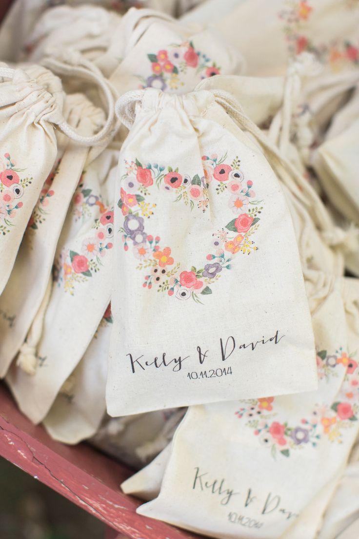 Photography: Carlie Statsky - www.carliestatsky.com  Read More: http://www.stylemepretty.com/california-weddings/2015/06/15/romantic-secret-garden-inspired-wedding-at-durham-house-inn/