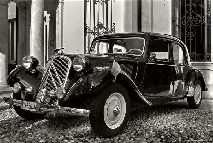 140 best citroen traction avant images on pinterest for Garage citroen grenade