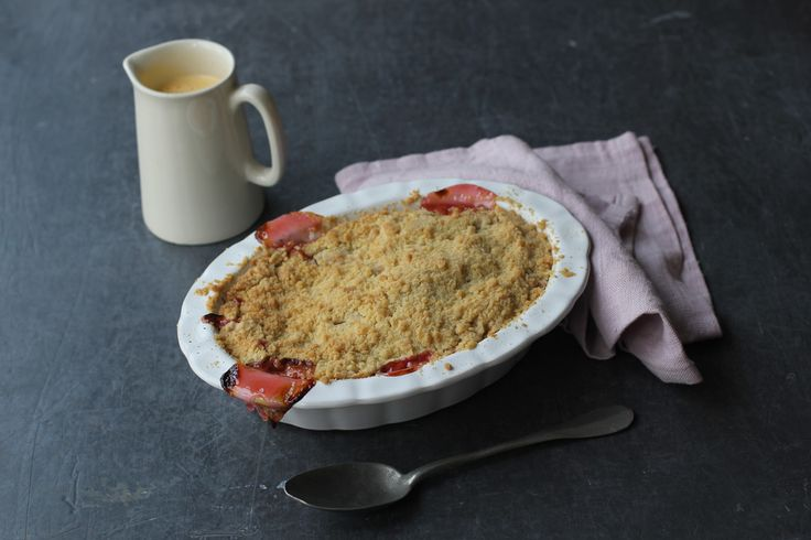 Sour and sweet rhubarb is now in season, so it's prime time to get making a classic rhubarb crumble. Here, Rhubarb & Rose's April Carter shows you how.