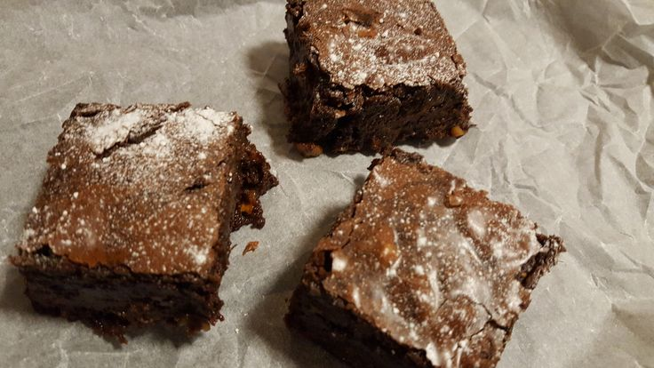 Chocolate and Walnut Brownies