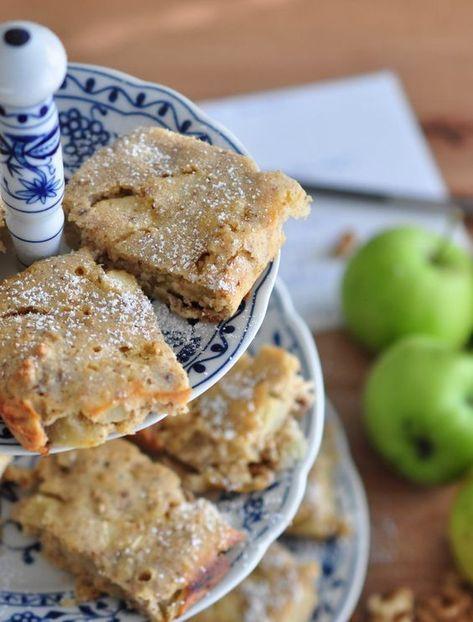 Apfel- und Walnussscheiben für niedrige Schnitzer   – kuchen