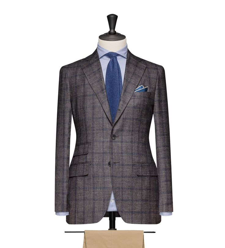 This cloth is a Dark Grey Sharkskin with a Blue Windowpane. Cloth Weight: 280g Composition: 72% Wool, 13% Silk, 12% Linen and 13% Cashmere