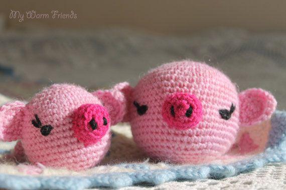 Crochet pig ja piglets  Amigurumi toy  Rattle by MyWarmFriends, €25.00