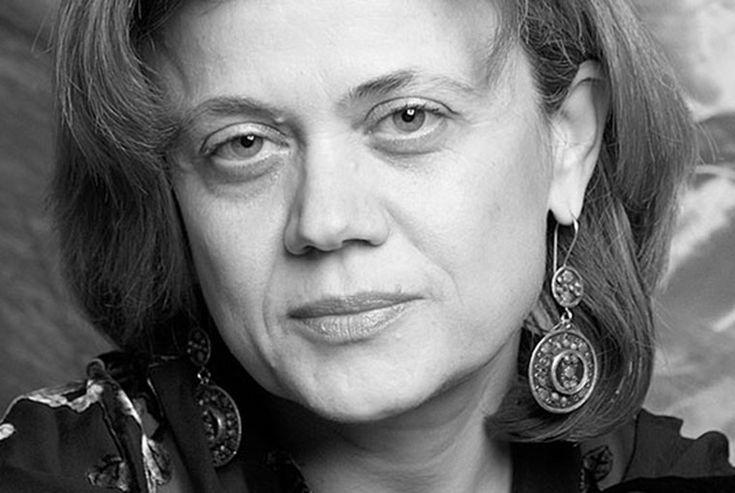 Πριοβόλου Ελένη, συγγραφέας, μιλάει στον Διονύση Λεϊμονή