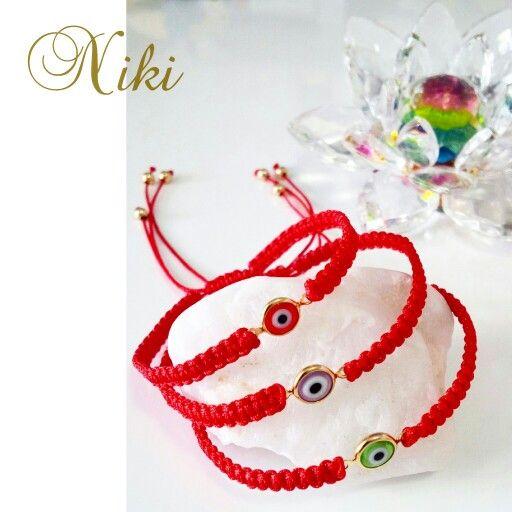 Delicadas pulseras de protección con el Ojo Turco engastado en goldfield y tejidas en hilo chino rojo. #nikidiseñosapc #pulsera #pulseras #accesorios #moda #elegancia #diseño #diseñovenezolano #Venezuela. Accesorios exclusivos de Niki Diseños - Instagram: @nikidisenosapc - Twitter: @nikidisenosapc - Facebook: Niki Diseños Accesorios - Pin BlackBerry: 58E1A4D9 - Canal PIN BB: C002B2056 - Correo: nikidisenosapc@gmail.com