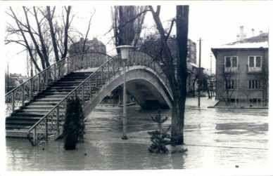 1960' lar Eskişehir Porsuk Taşkını -adalar 1. köprü