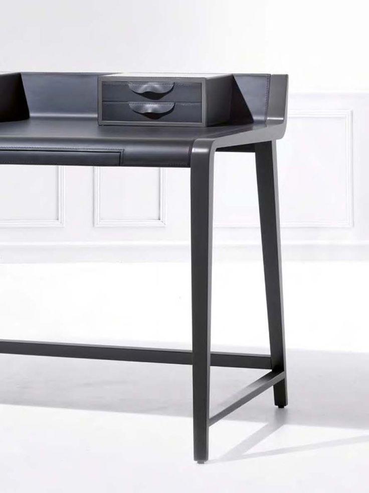 Linus Desk detail, Transitional Kids' Desks Design at Cassoni.com
