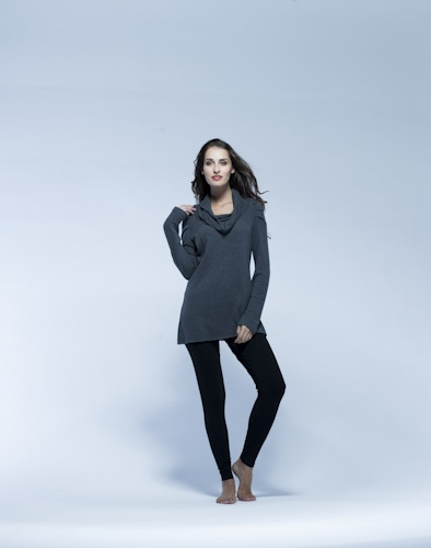 Scoop neck maternity top - long line flatters everyone and oh so comfortable