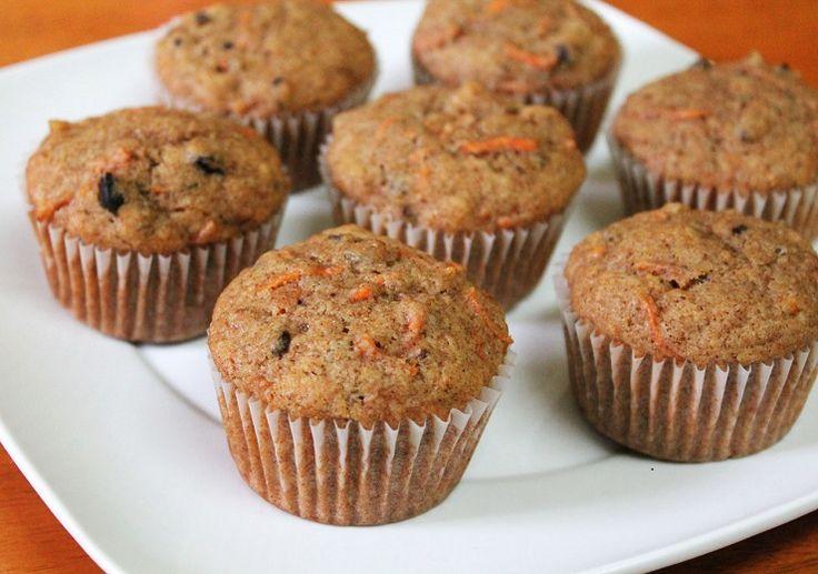 Muffinki marchewkowe z orzechami