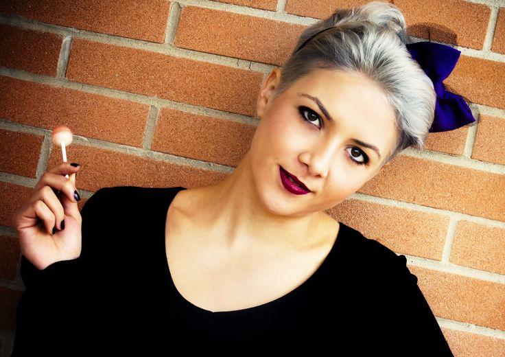Fascinator realizzato a mano. www.vanessavanhandmade.etsy.com  #vanessavan #handmade #fashion #fascinator #pop #hair #accessories