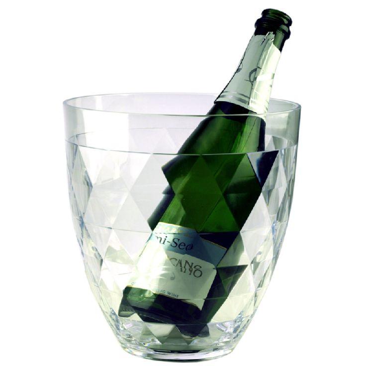 Tyylikkäässä viinicoolerissa juhlajuomat pysyvät viileinä!     Heirolin timantticooleria voit käyttää juhlien jälkeen hyvin myös hedelmäkulhona tai maljakkona.