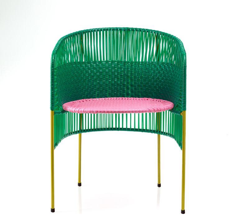 sebastian-herkner-sala-colombia-ames-maison-et-objet-designboom-002