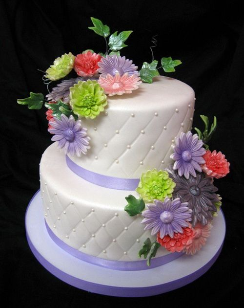 beautiful birthday and wedding cakes birthday cake bouquets of flowers surprising birthday cake 11204