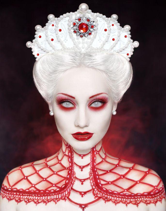 Red queen Halloween makeup #halloween #makeup
