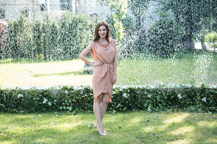 Eli Roman @Silk Essentials Garden Party   ^Peach beige silk crepe draped dress