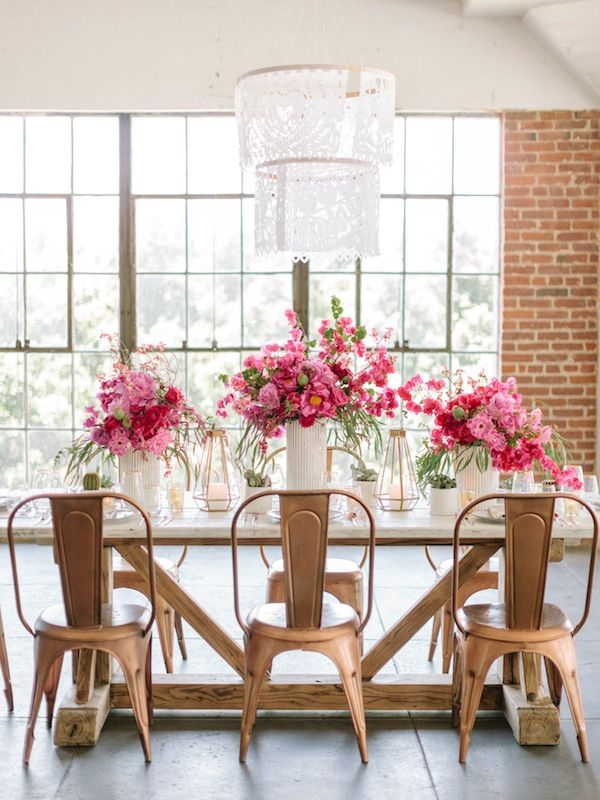 Dreamy dinning styling