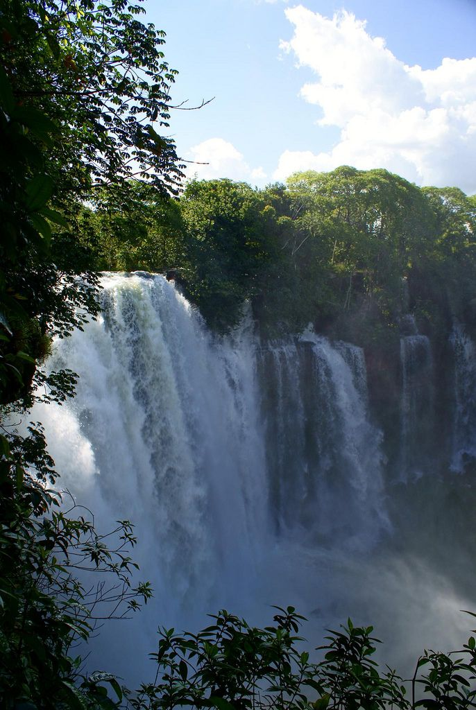 Cachoeira do Acaba Vida - Barreira, Bahia