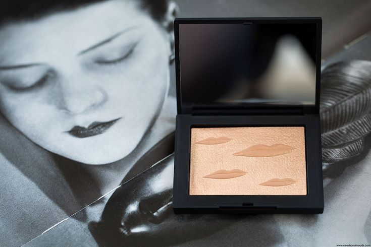 Sur mon blog beauté, Needs and Moods, focus sur la collection NARS x Man Ray et le sublime Overexposed Glow Highlighter Double Take :  https://www.needsandmoods.com/nars-man-ray-overexposed-glow-highlighter-double-take-avis/  @narscosmetics @sephora #NARS #NARSissist #NARSxManRay #Highlighter #DoubleTake #maquillage #makeup #blogbeaute #BlogueuseBeaute #BeautyBlog #BeautyBlogger #BBlog #BBlogger #Sephora #sephoraFrance #LimitedEdition  #swatch