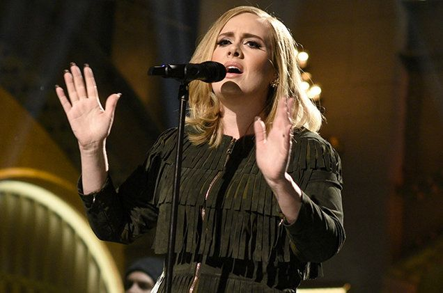 """Adele's '25' Scores 10th Week at No. 1 on Billboard 200 Chart      Keith Caulfield   Keith Caulfield              """"25"""" is just the fifth album released since..."""