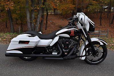 cvo street glide | Harley Davidson : Touring 2012 STREET GLIDE CUSTOM **STUNNING** $14K