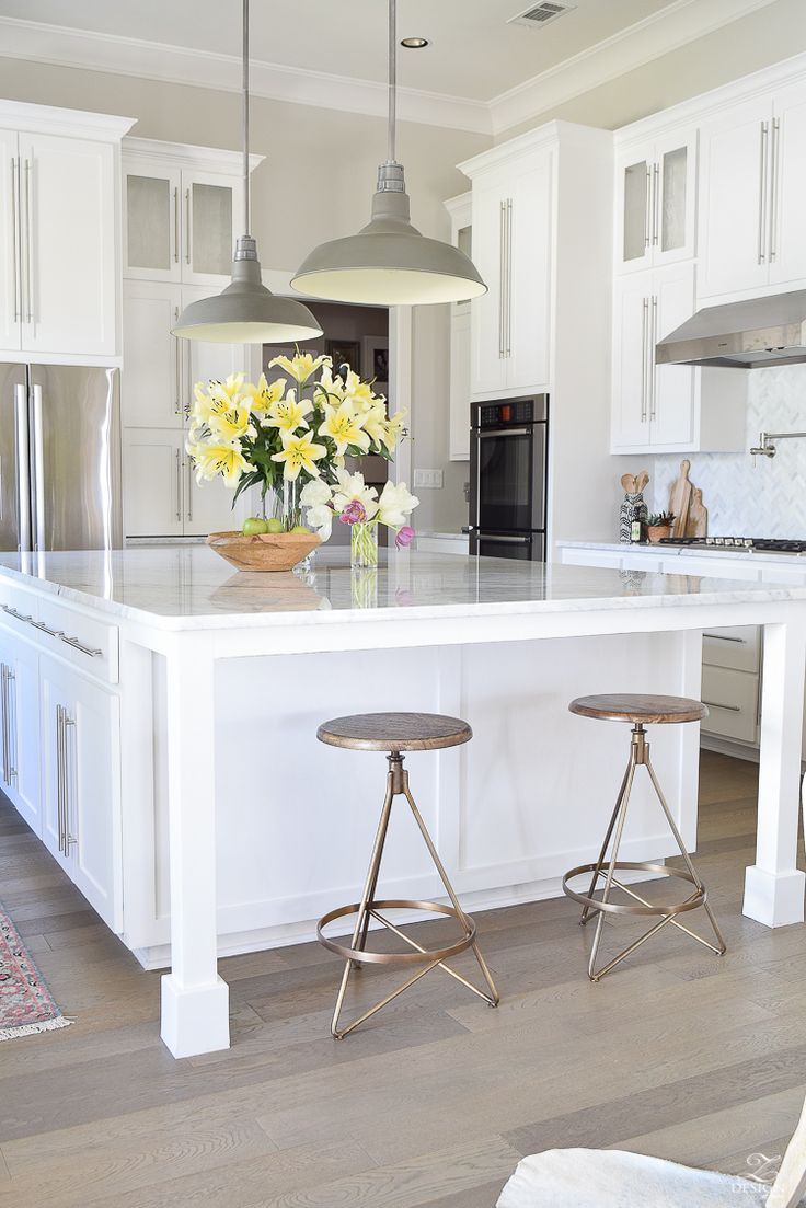 ZDesign At Home: The Best Modern Farmhouse Bar Stools ( + an update on mine)