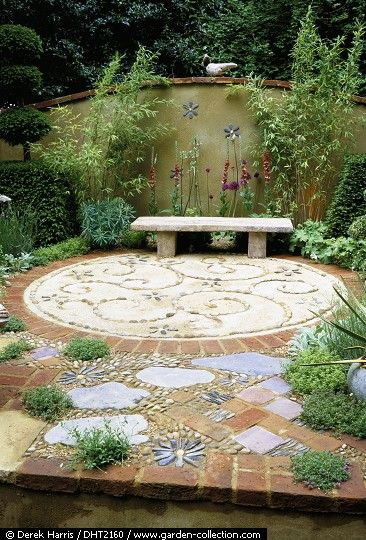 The Artist's Garden at Chelsea - pattern paving