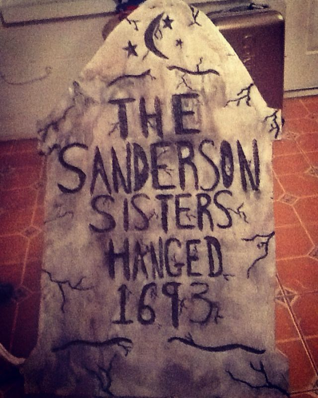 Hocus Pocus Sanderson Sisters Gravestone DIY! This is going in our yard this Halloween! V E S P E R T I N E H O U S E | FINE LIVING FOR THE DEVIANT & STRANGE