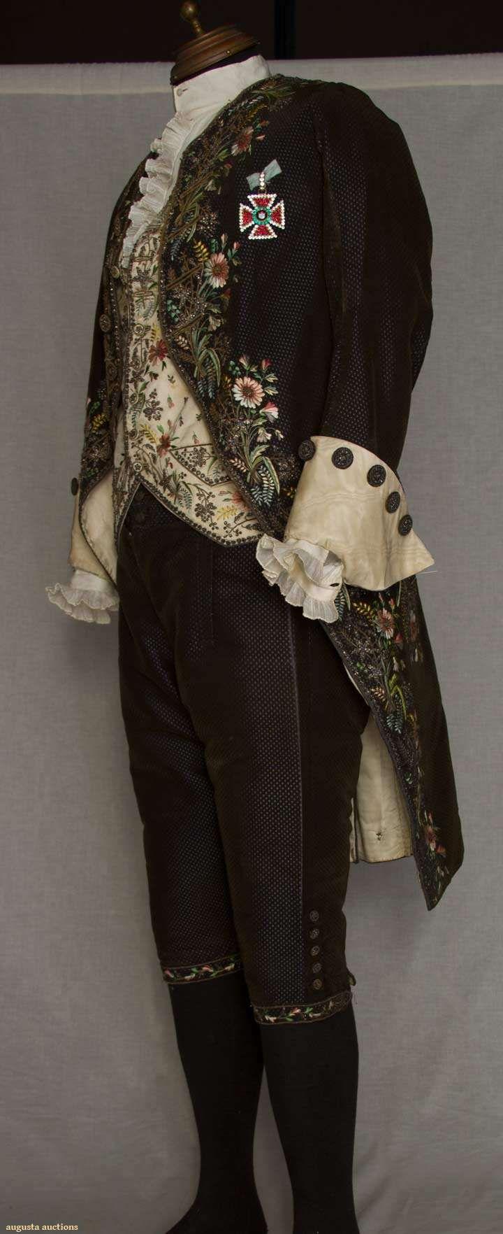 Augusta Auctions, March 30, 2011 - St. Pauls, Lot 138: Gent's Four Piece Formal Court Suit, C. 1820