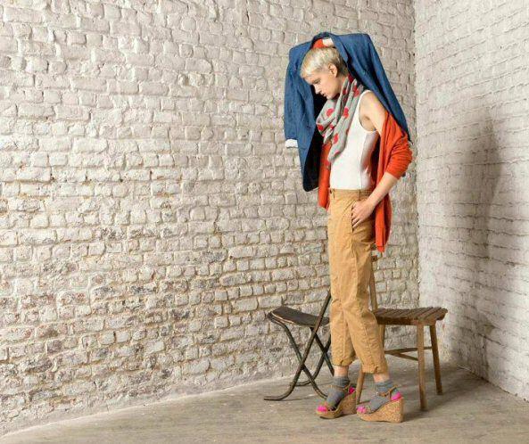 DEESZ kleedt de vrouw compleet aan, van jas tot tas
