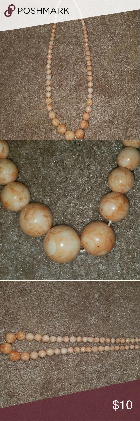 Super cute peach necklace EUC peach necklace Jewelry Necklaces