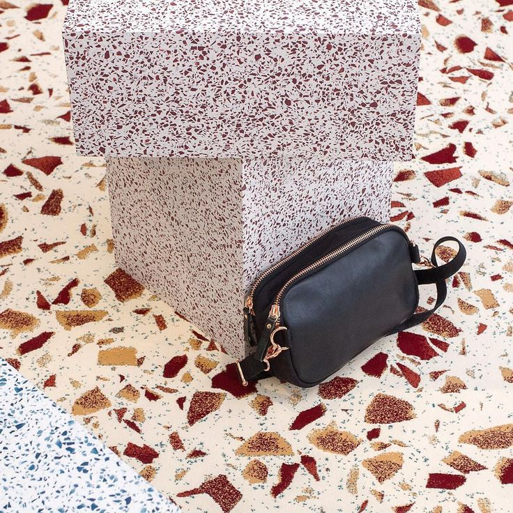 Let's make your hips happy & rock the terrazzo  Hip bag link in bio  @play_hunter x #qwstionthenorm takeover .  feat. @qwstioninviteszurich x Swiss design heroes @schoenstaub @terrazzoproject @huberegloff