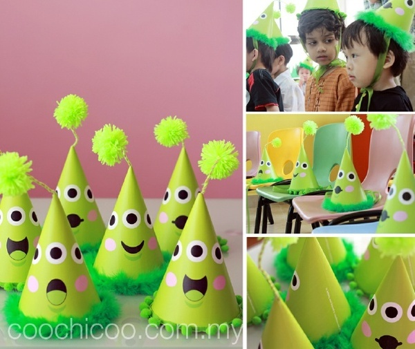 Art alien party hats alien-birthday-party