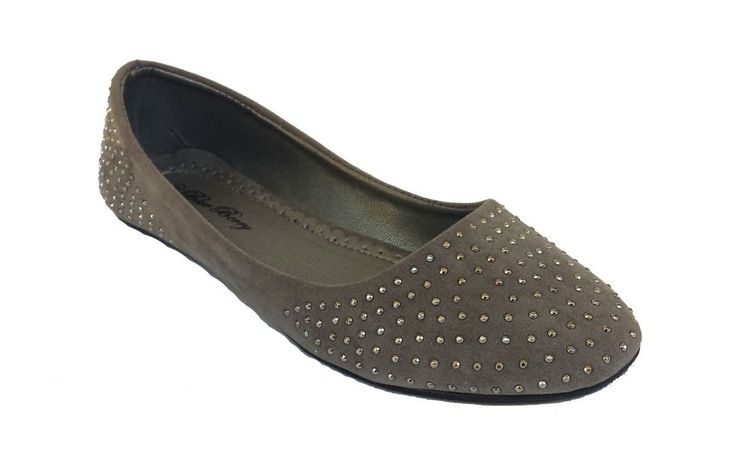 """Elegant Women's Classic Fashion Grey Ballet Flats Slip-ons Decorated with Studs 8 , M US. Women's Studded Ballet Flats. Beatifully Decorated Studs. Available In Grey Color. The width of the Shoe is from 3"""" to 3 1/4"""". For sizes 9 and 10, please make sure of the width before order."""