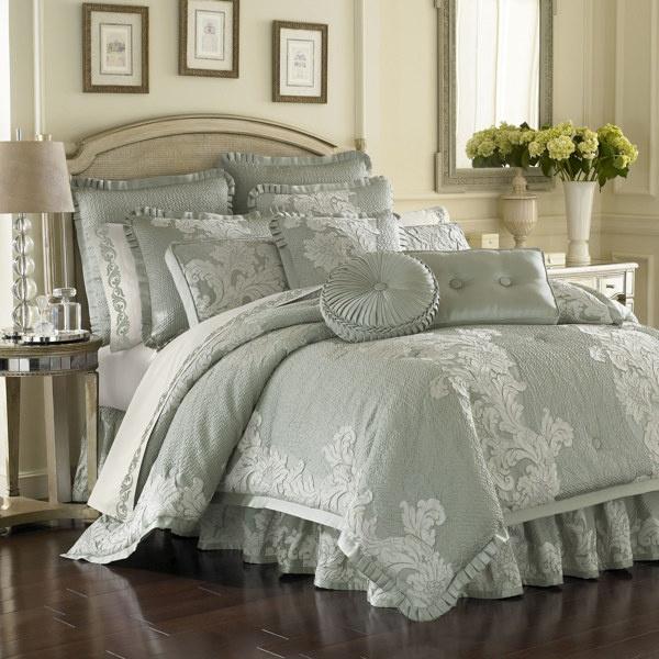 Anastasia Aqua Comforter Sets